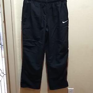 Nikes men's large Dri-Fit joggers